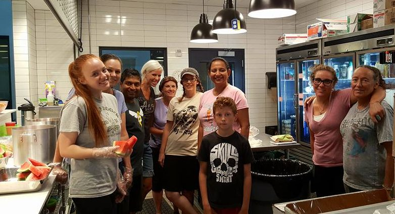 UARC Volunteers Serve Vegan Dinner to Teens at Youth Resource Center